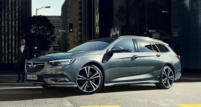 "Insignia Sports Tourer ""Selection"""